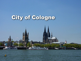 Cologne – Panoramic view Cathedral and Old town