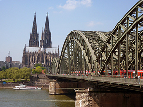 Cologne – Cathedral with Hohenzollern bridge